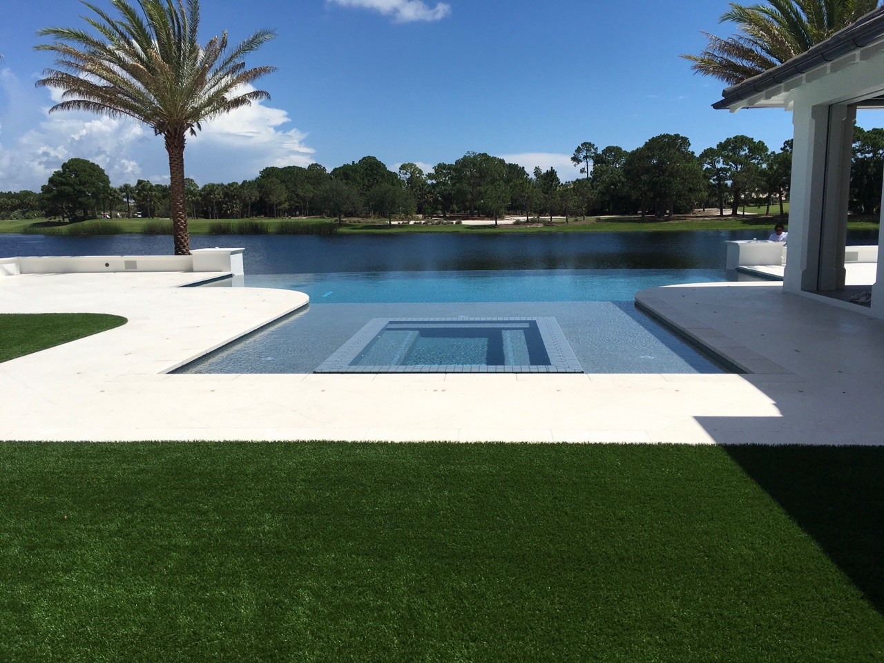 rhr pools of jupiter fl large infinity edge pool and sunken spa for this waterfront home