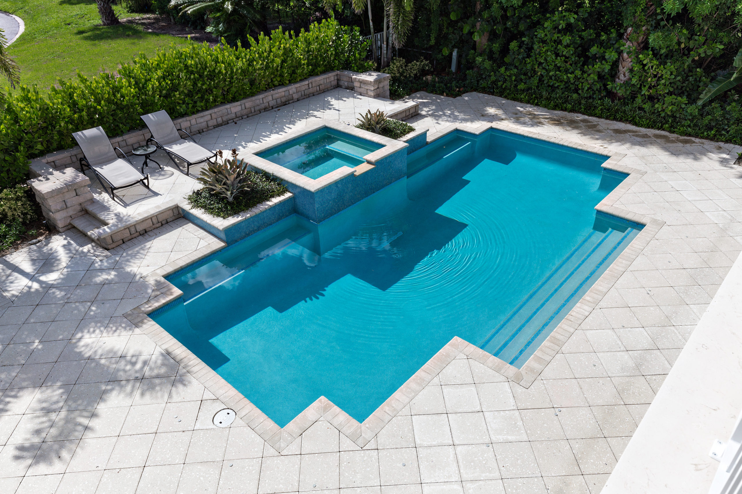 rhr pools of jupiter fl rectangular pool with raised spa